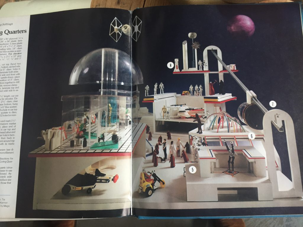 Woman's Day Book of Best-loved Toys and Dolls - Sample Image