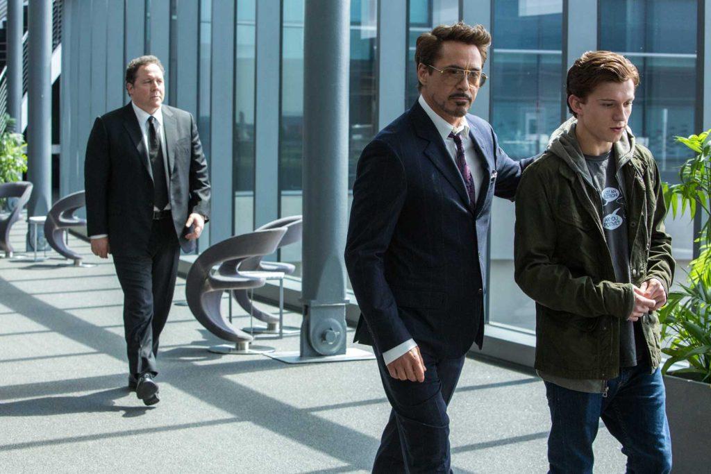 Tony Stark (Robert Donwey Jr.) with Peter Parker (Tom Holland)