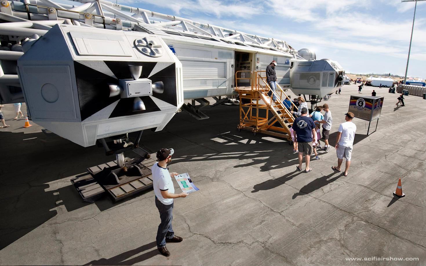 Sci-Fi Airshow: Eagle 4