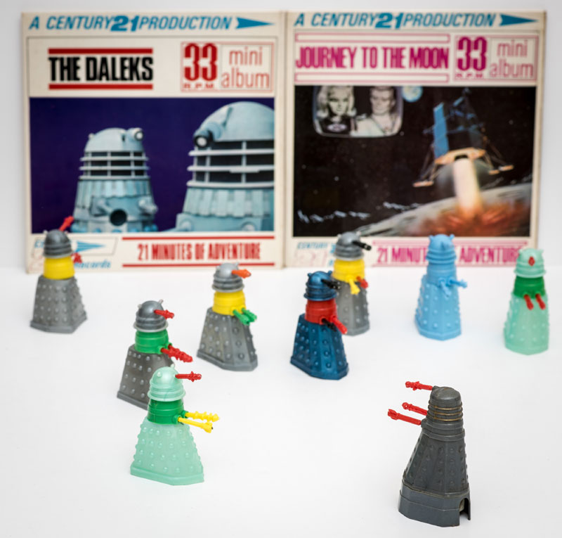 Dalek Pencil Sharpener (1965) BBC TV with 8 Dalek Swapits (1965) Cherilea Toys.