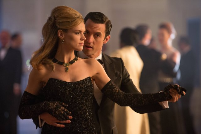 "Erin Richards and Milo Ventimiglia in the Gotham episode ""Under the Knife"""