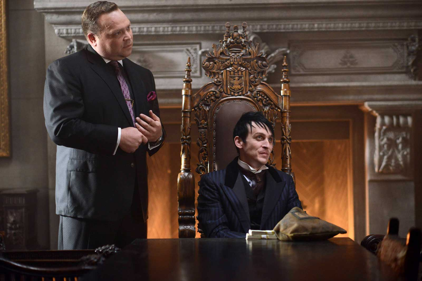 """Drew Powell as Butch Gilzean and Robin Lord Taylor as Oswald Cobblepot / The Penguin in Gotham' """"Damned if You Do"""""""