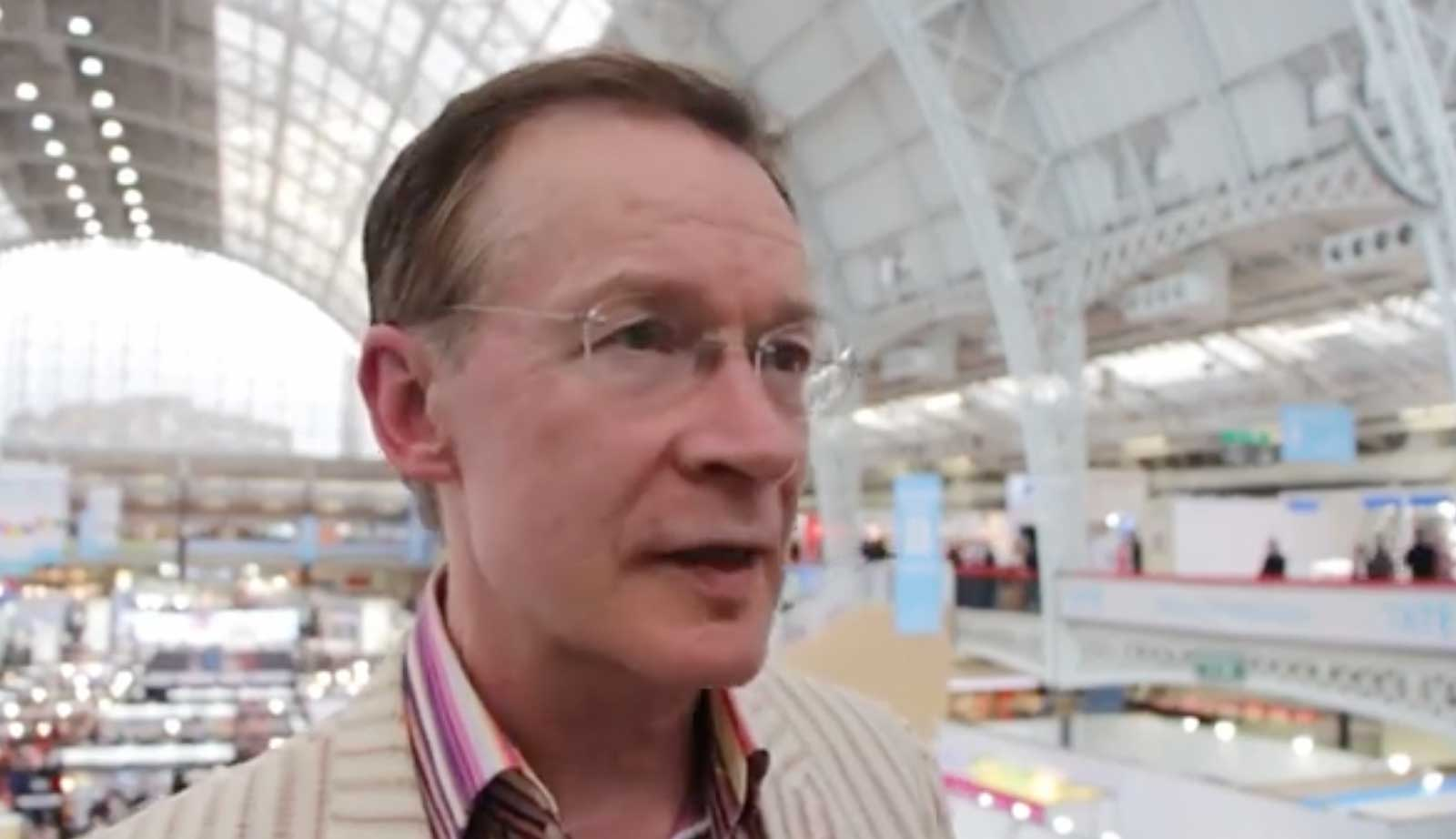 Paul Gravett at London Book fair 2016. Image via LBF