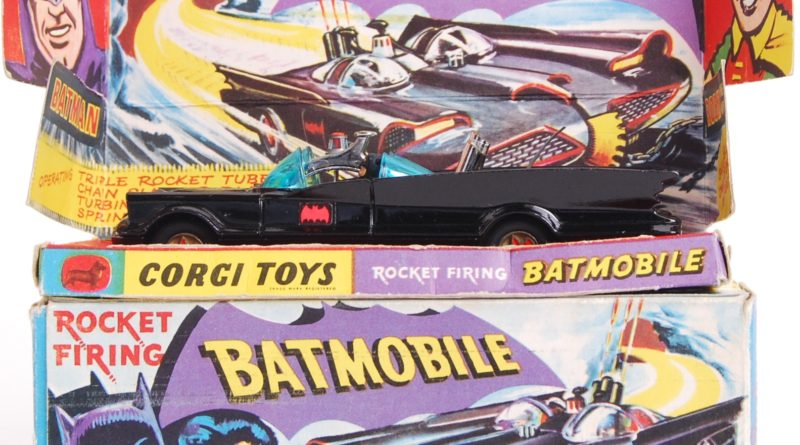 Corgi Batmobile (Model Number 267) Box Art