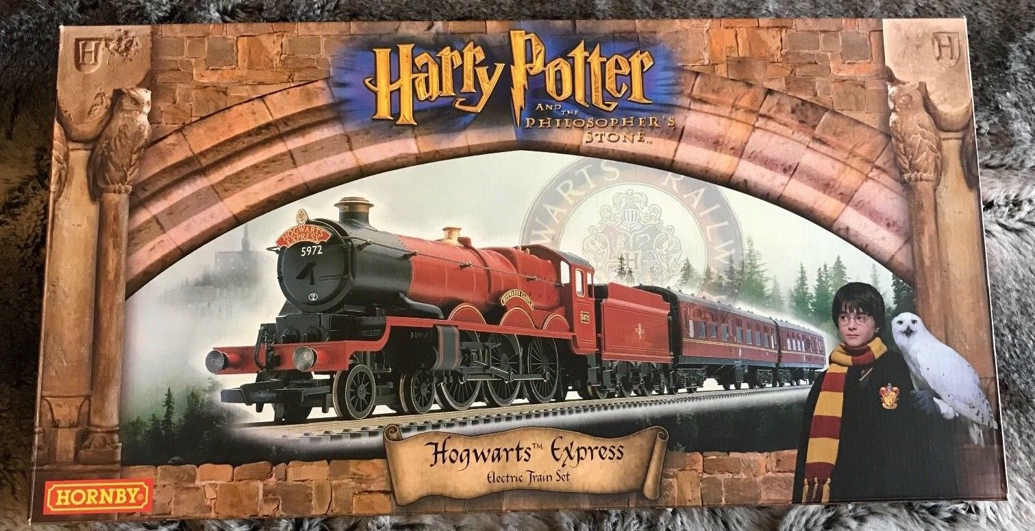 Hornby previously released a number fo Harry Potter-related train sets. Image: Model Railway Emporium via eBay