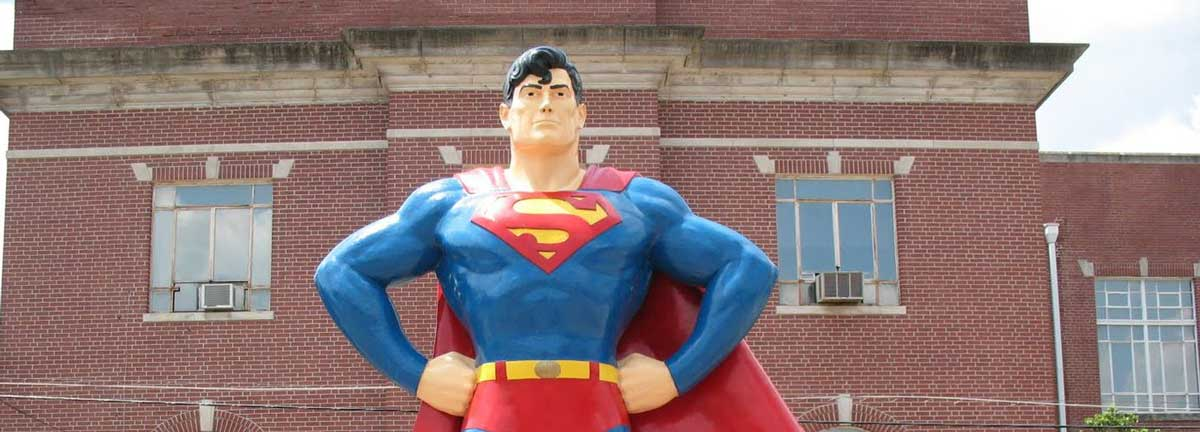 Superman statue, Metropolis -SNIP